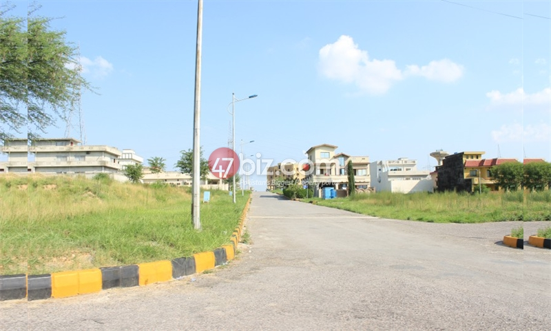 Low-price-Plot-for-sale-in-B-17-Block-E-,Size-7-Marlas-1